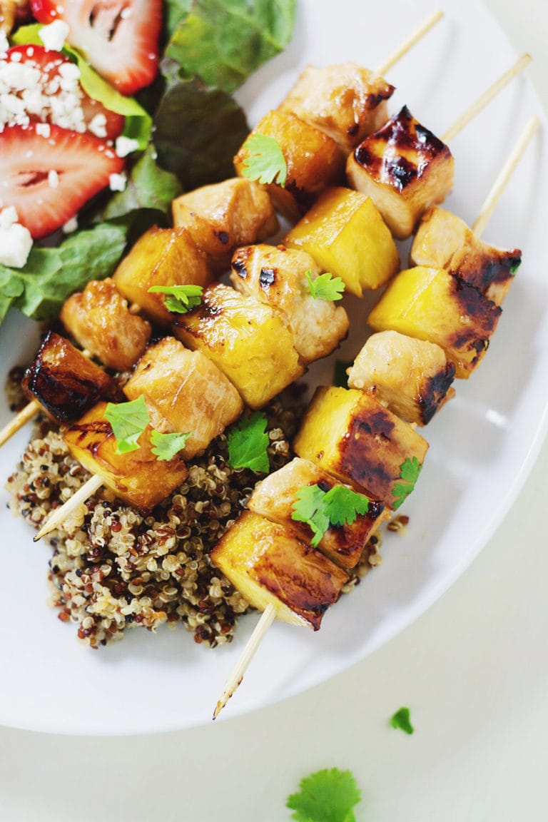 6 Ingredient Pineapple-Chicken Kabobs - Easy + quick + SO TASTY! A favorite healthy recipe when grilling. | asimplepalate.com