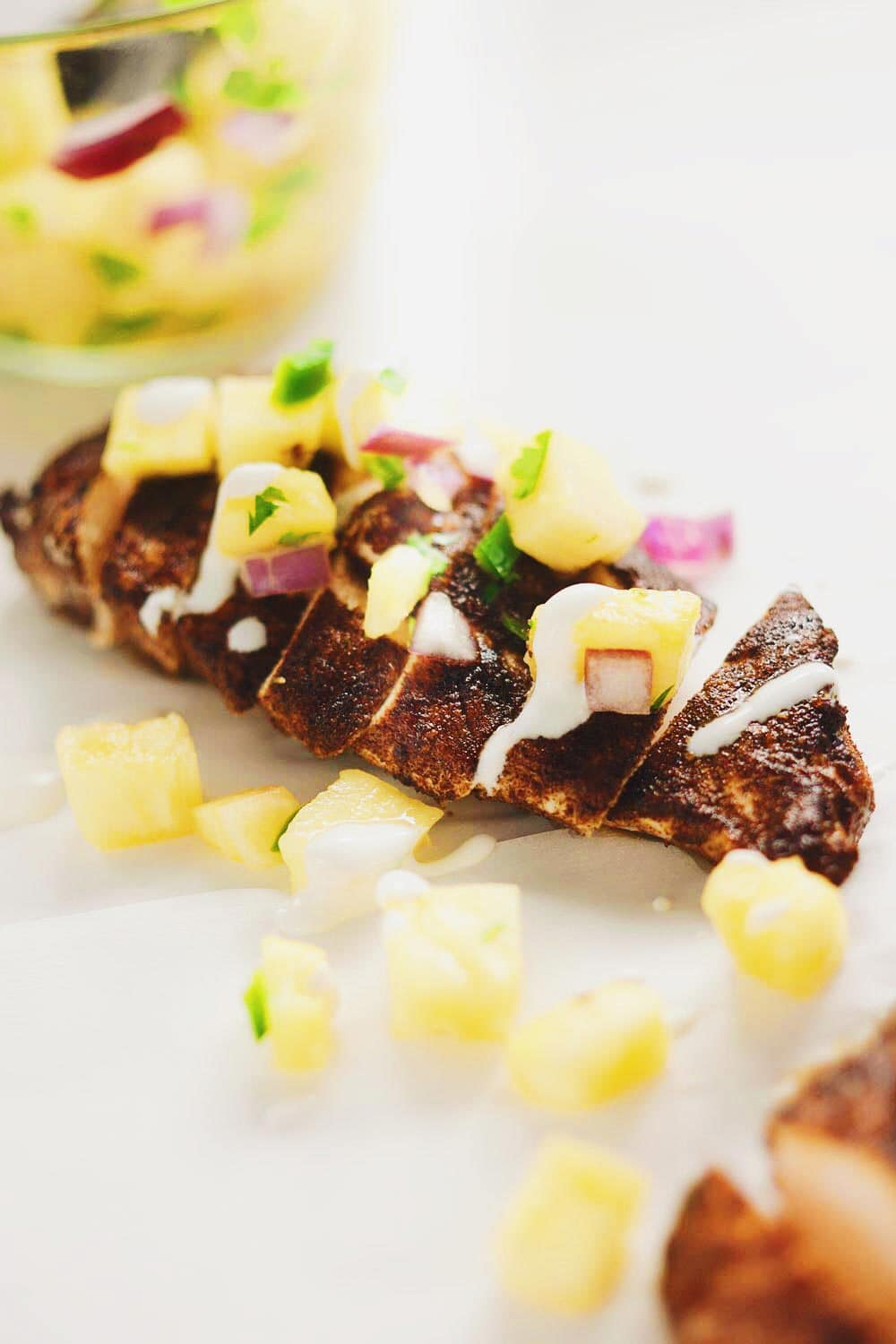 Easy Jerk Chicken and Pineapple Salsa - DELICIOUS seasoned, juicy chicken with a simply sweet pineapple salsa! SO simple and SO tasty! YES. | Asimplepalate.com