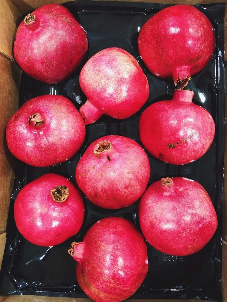 Pomegranates | 21 Delicious Things to Buy at Costco that are GF, healthy or just plan yum! | asimplepalate.com