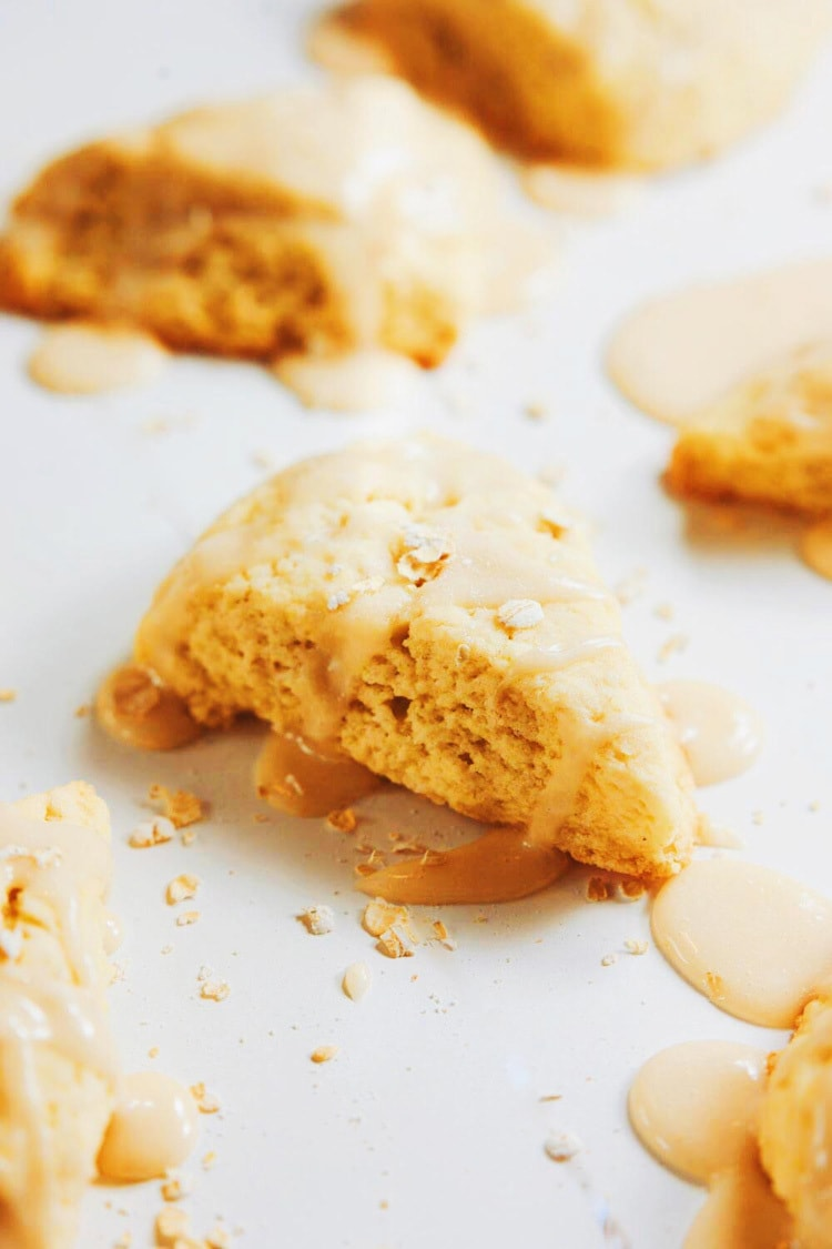 le Oat Mini Scones with Maple Drizzle | asimplepalate.com A simply delicious treat. Share and enjoy!