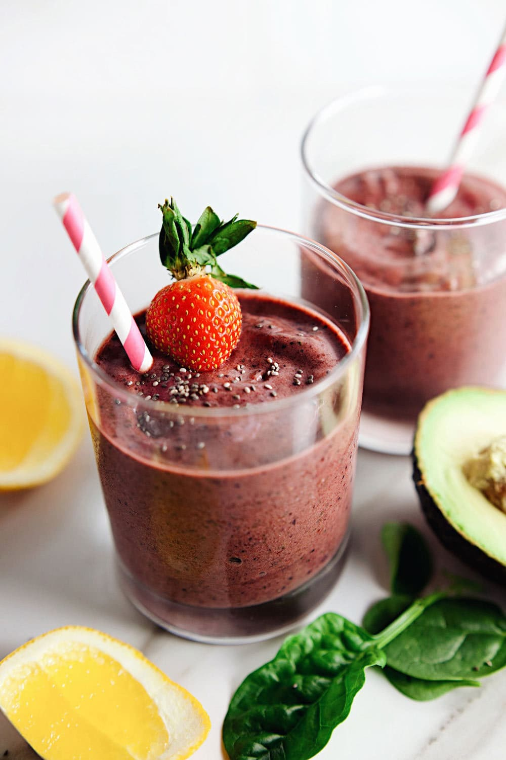 Detoxifying Berry Avocado Power Smoothie - so creamy & so delicious. | asimplepalate.com