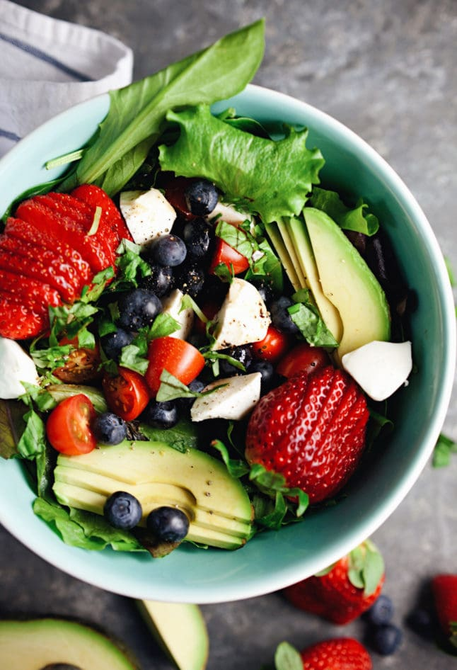 Loaded Berry Caprese Salad - so refreshing and one of my favorite salads!   asimplepalate.com