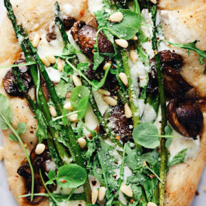 Balsamic Mushroom and Asparagus Pizza