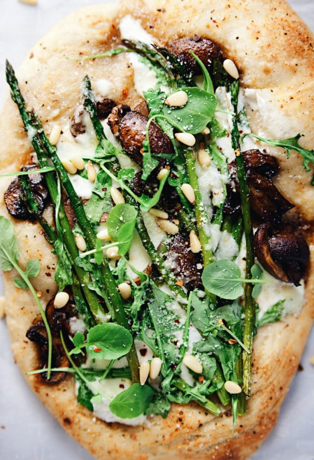 Loaded with garlicy cheesy flavors, balsamic mushrooms, fresh asparagus and veggies! SO yum.   asimplepalate.com