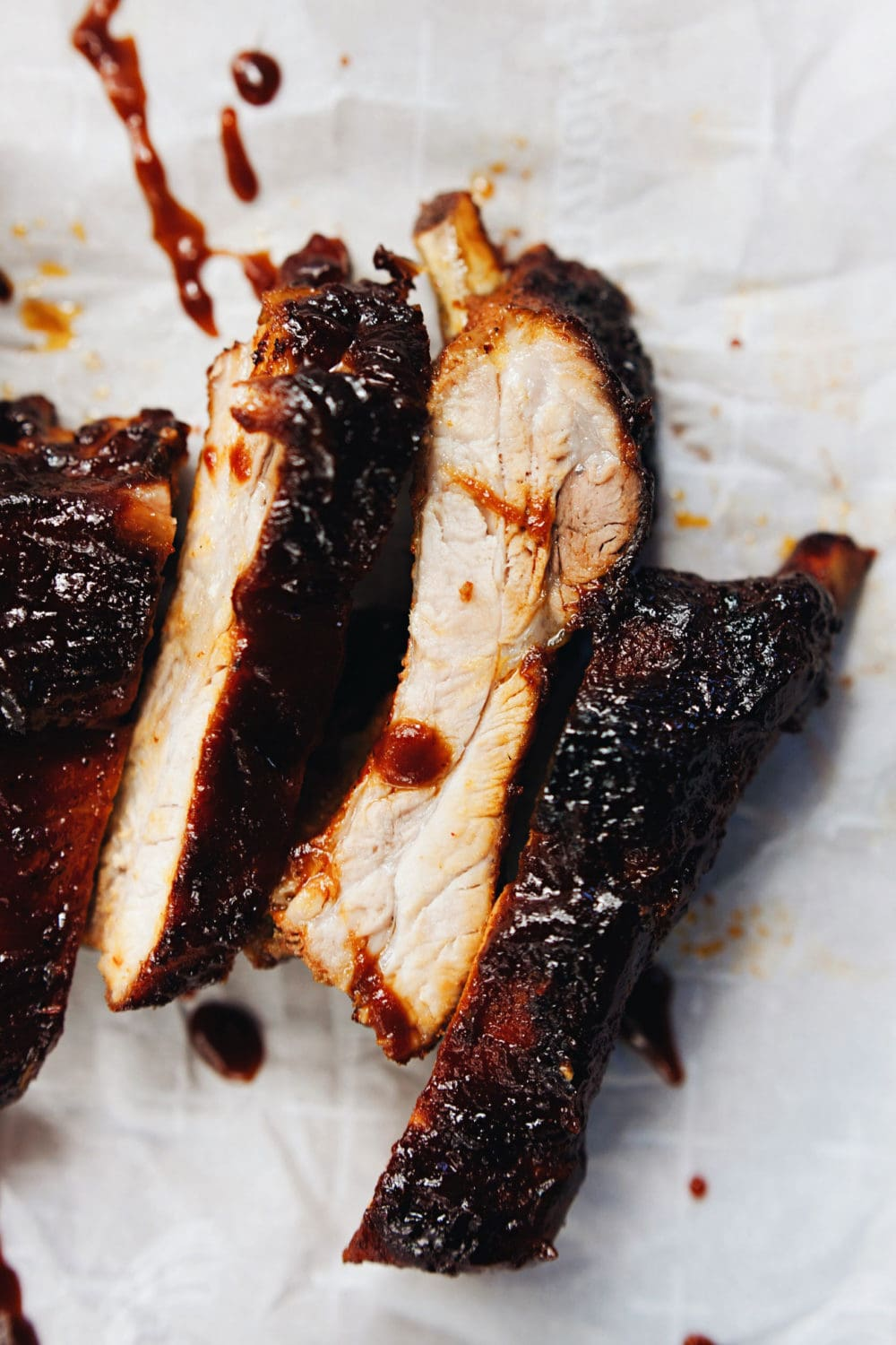 Smoky, sticky, sweet BBQ ribs! The best I've ever had. All the food feels - YUM <3 | asimplepalate.com