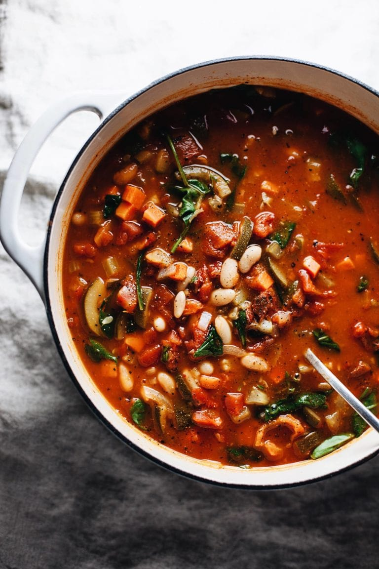 Cozy Italian White Bean and Vegetable Soup! An easy + healthy dinner loaded with vegetables in a flavorful broth. YUM! | asimplepalate.com #healthy #soup #dinner #vegetarianrecipes #vegan #whole30