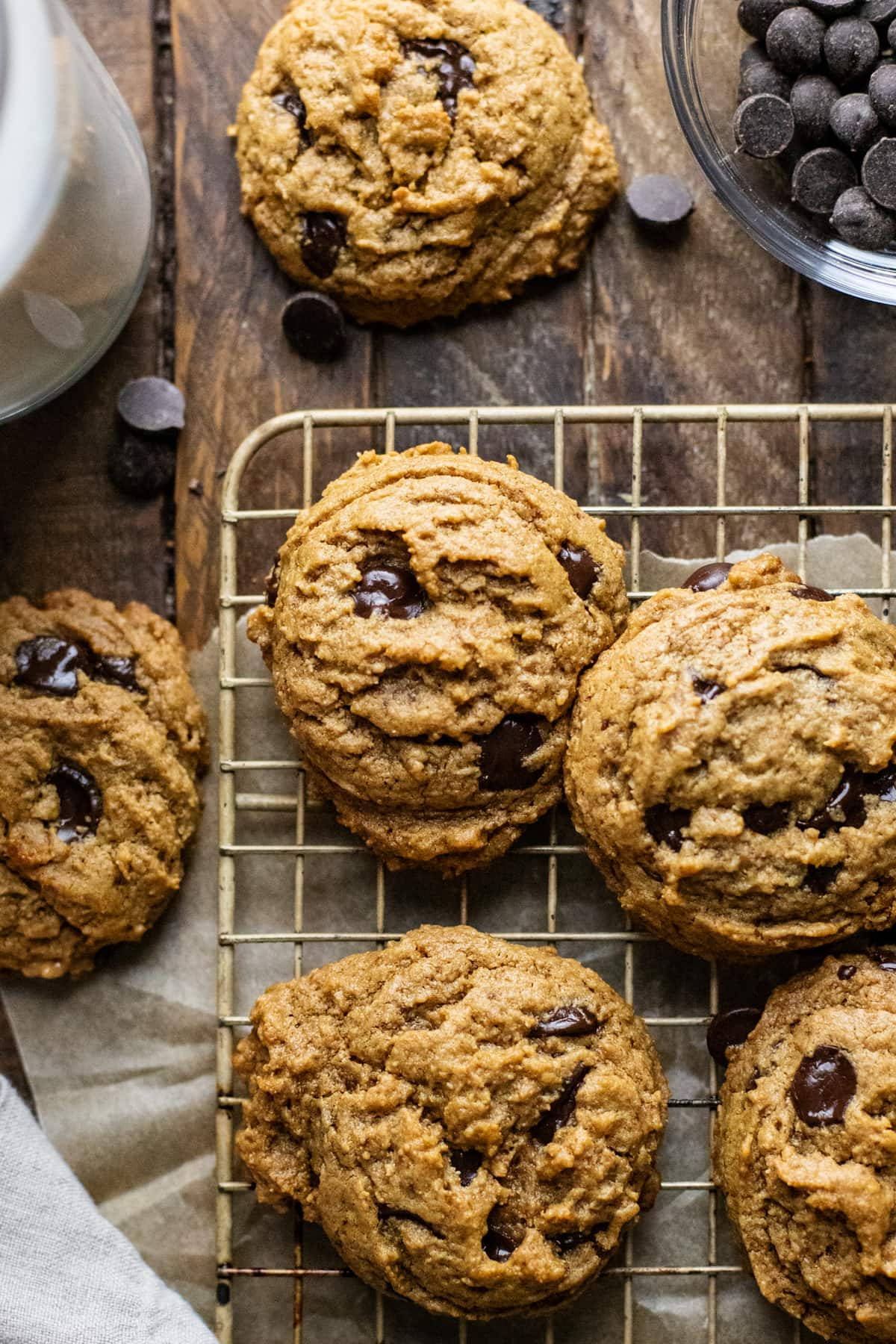 Chewy Flourless Chocolate Chip Cookies 6 Ingredients A Simple Palate