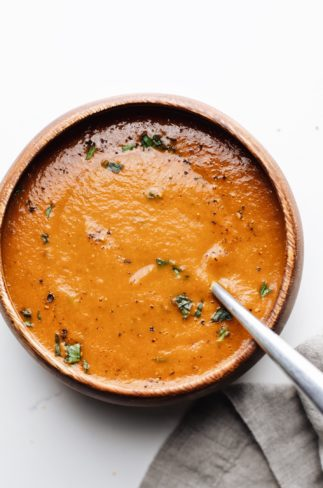 Healthy Tomato Basil Soup