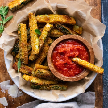 Parmesan Baked Zucchini Fries