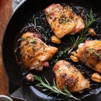 Garlic & Herb Crispy Roasted Chicken Thighs